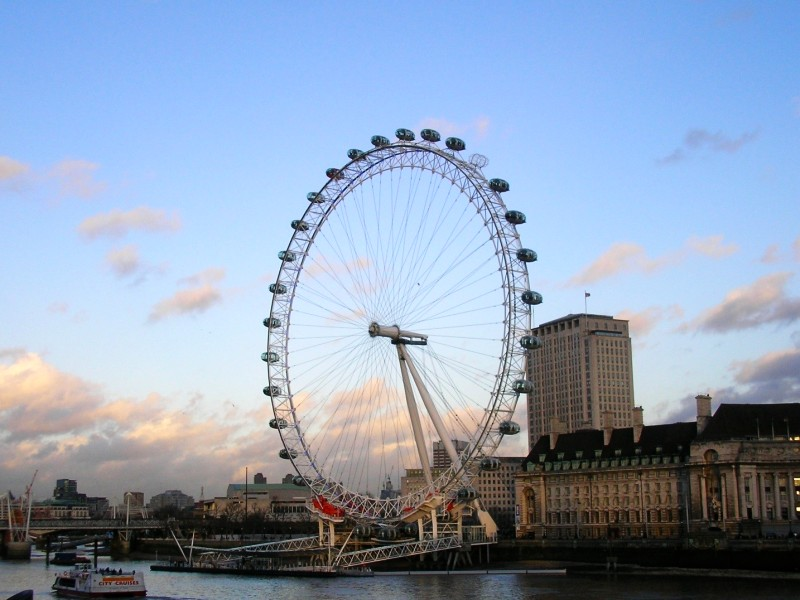 There are many interesting facts about the London Eye