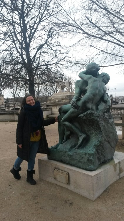 Me with the Bronze Sculpture of ''The Kiss ( Le Baiser) Of A.Rodin in front of the Orangerie Museum