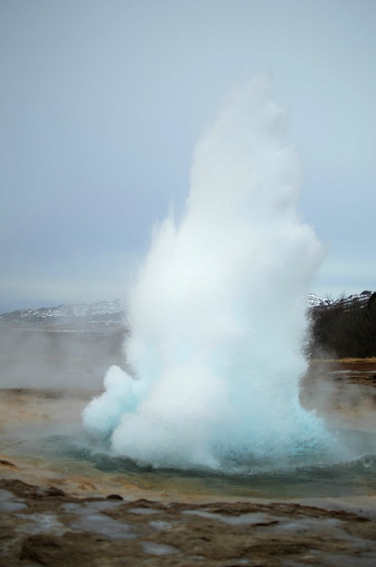 Stokkur Geysir - beginning of eruption