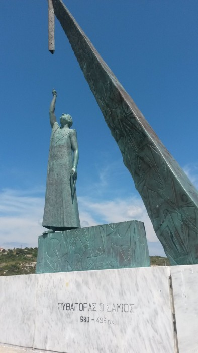 statue of the Pythagoras at the harbour.