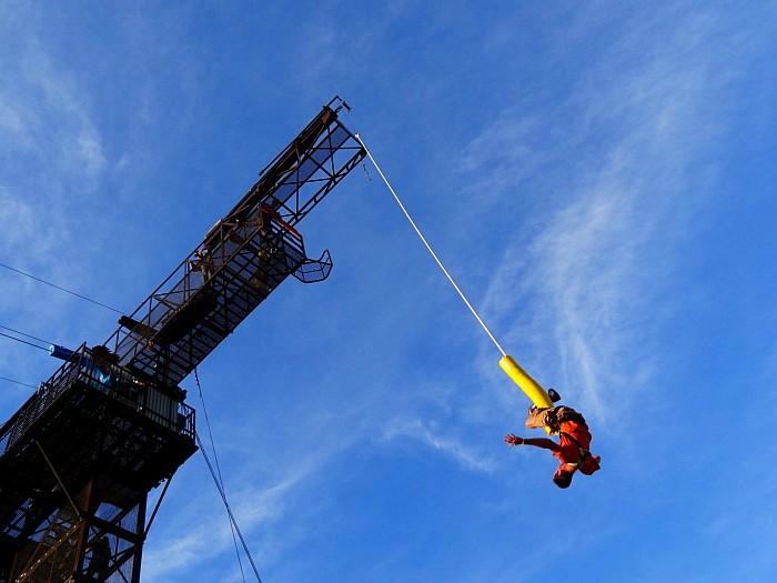 Bungee jumping in Glenwood Springs Colorado