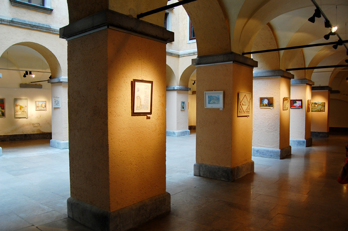 What to see in Ljubljana: The Town Hall and the art exhibition in it