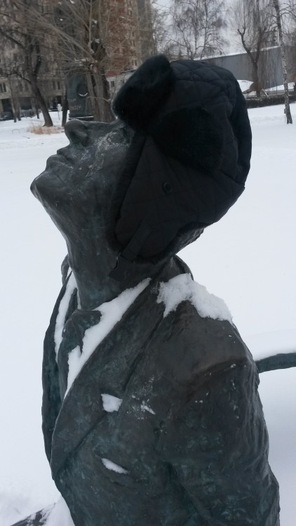 with my warming hat on G.V. Pototsky-Andrey Sakharov 2008 Bronze at Fallen Monuments Park