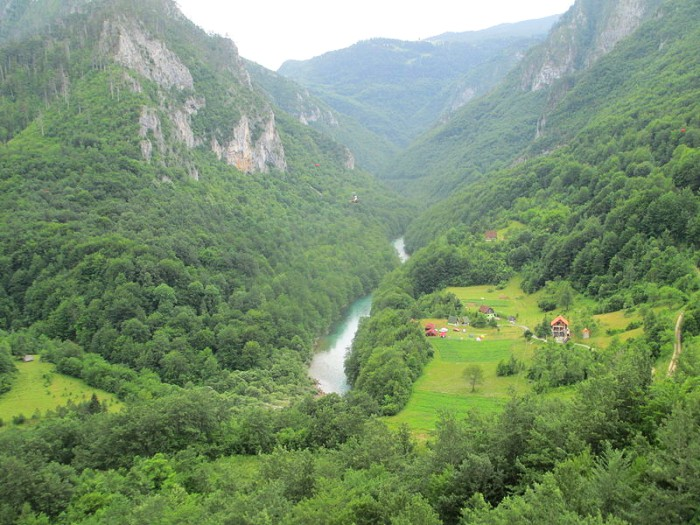 Montenegro - Canyon of River Tara - Picture by Avi1111 dr. avishai teicher @ WikiCommons