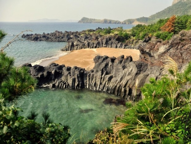 Trekking possibilities on Jeju Island, South Korea