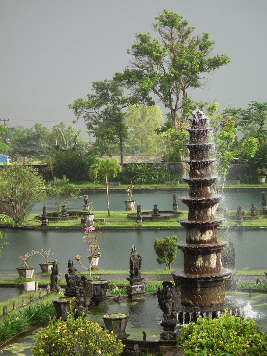 Tirta Gangga - Image Source: https://en.wikipedia.org/wiki/Tanah_Lot