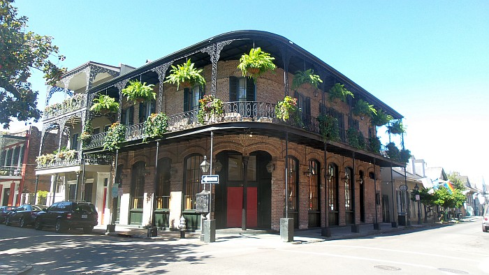 Typical New Orleans building