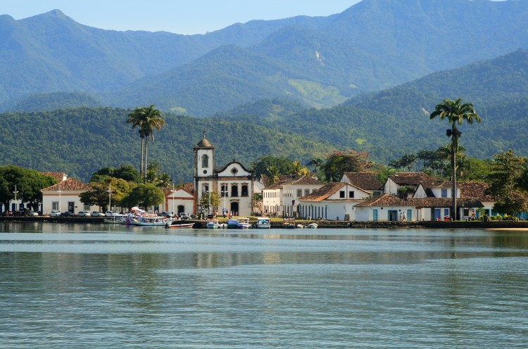 History, traditional tribes, waterfalls and islands in the sea: what to do in Paraty, Rio de Janeiro, Brazil?